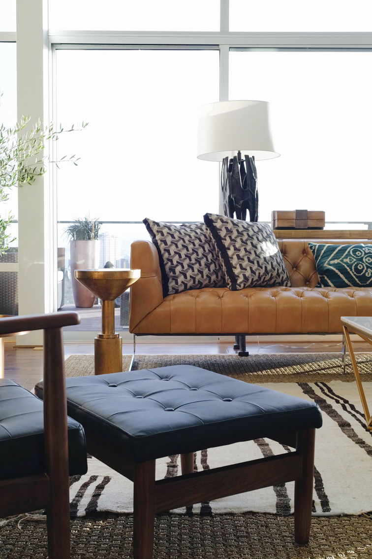 The seattle showhouse house of hipsters for Living room ideas hipster