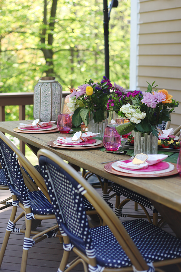 Outdoor Entertaining in the Neighborhood - Loving the pop of pink and green #Pier1BlockParty #pier1love