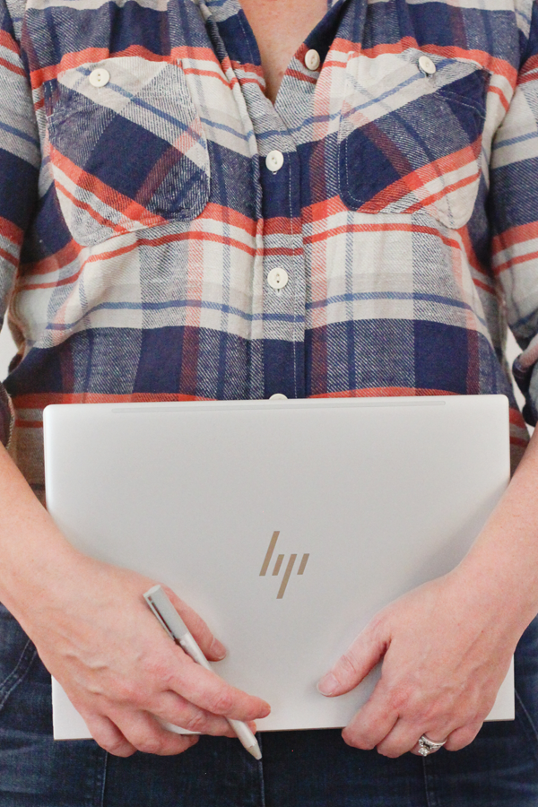 Review of me and my new HP Spectre x360 #ReinventGiving