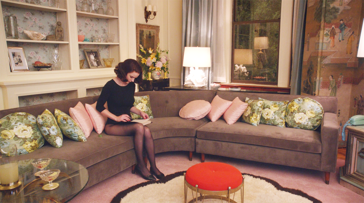 Mrs. Maisel and her Mid-Century Modern style - living room