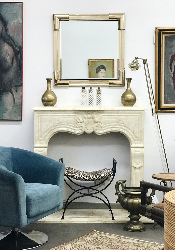 House Of Hipsters just opened a vintage antique shop in Barrington, IL. Statement pieces and beautiful objects. Home Decor. Vintage furniture, antiques, home accessories, interiors, art, decorative arts, mid century modern, modern.