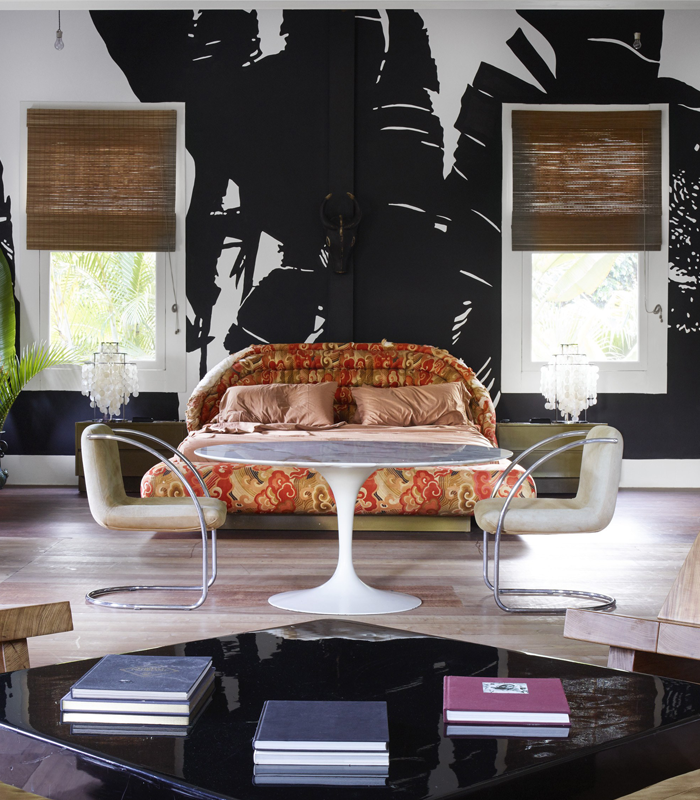 Lenny Kravitz home tour Architectural Digest. Vladimir Kagan bed.