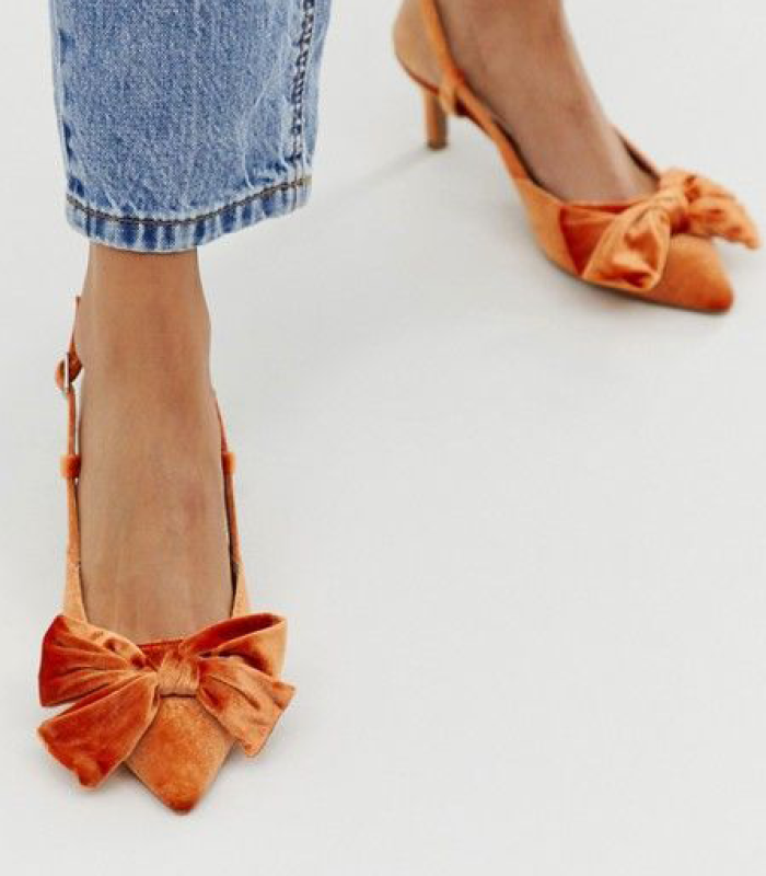 velvet coral kitten heel shoes - 50s fashion is trending