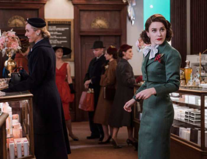 Mrs. Maisel outfits - 50s fashion is trending on the runways